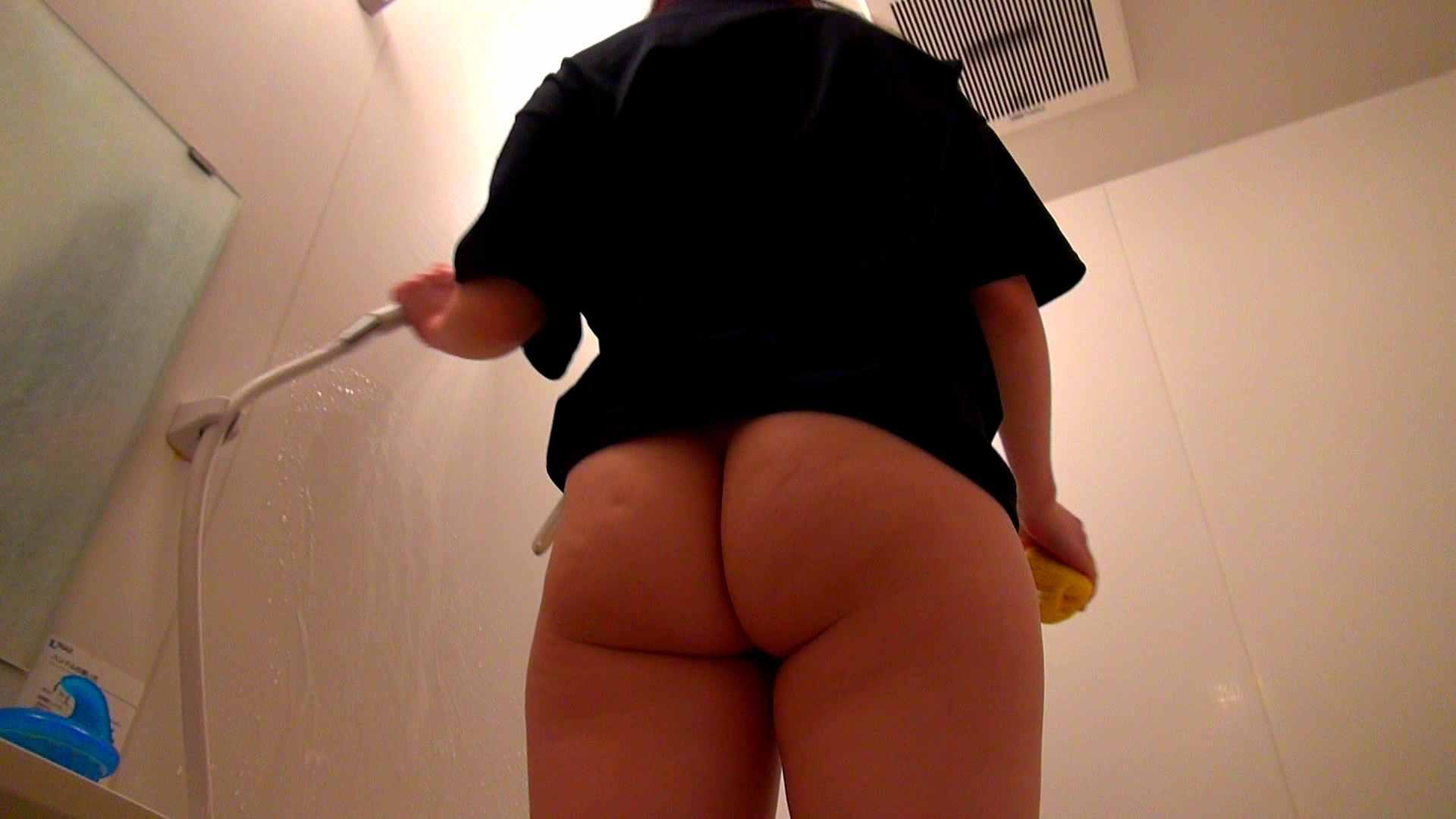 下半身裸で風呂の掃除をしてもらいました。 ドキュメント | 0  104枚 93