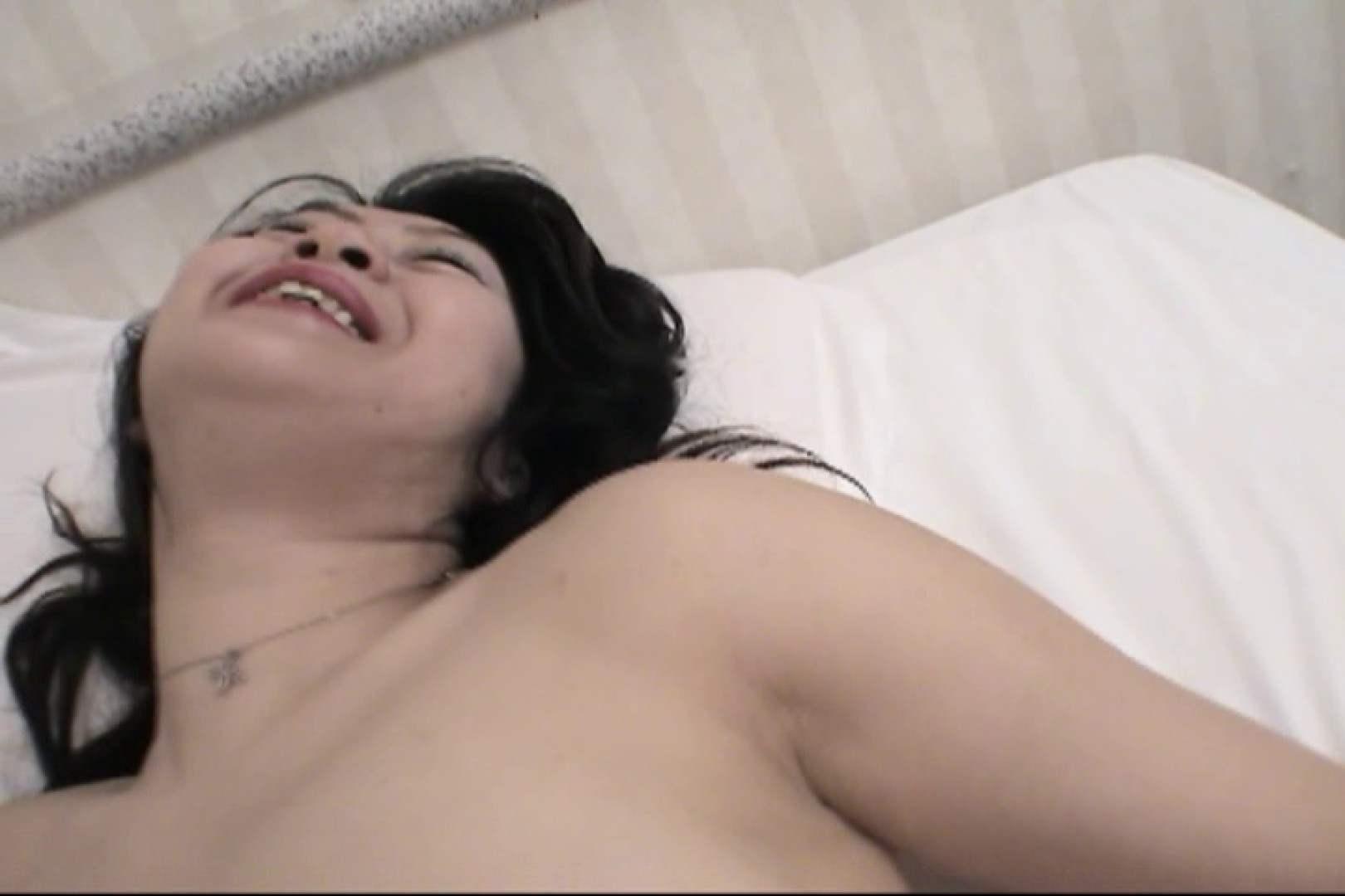 四十路の熟れた体が男を欲しがる~山川としえ~ お姉さん達の乳首 すけべAV動画紹介 69枚 61