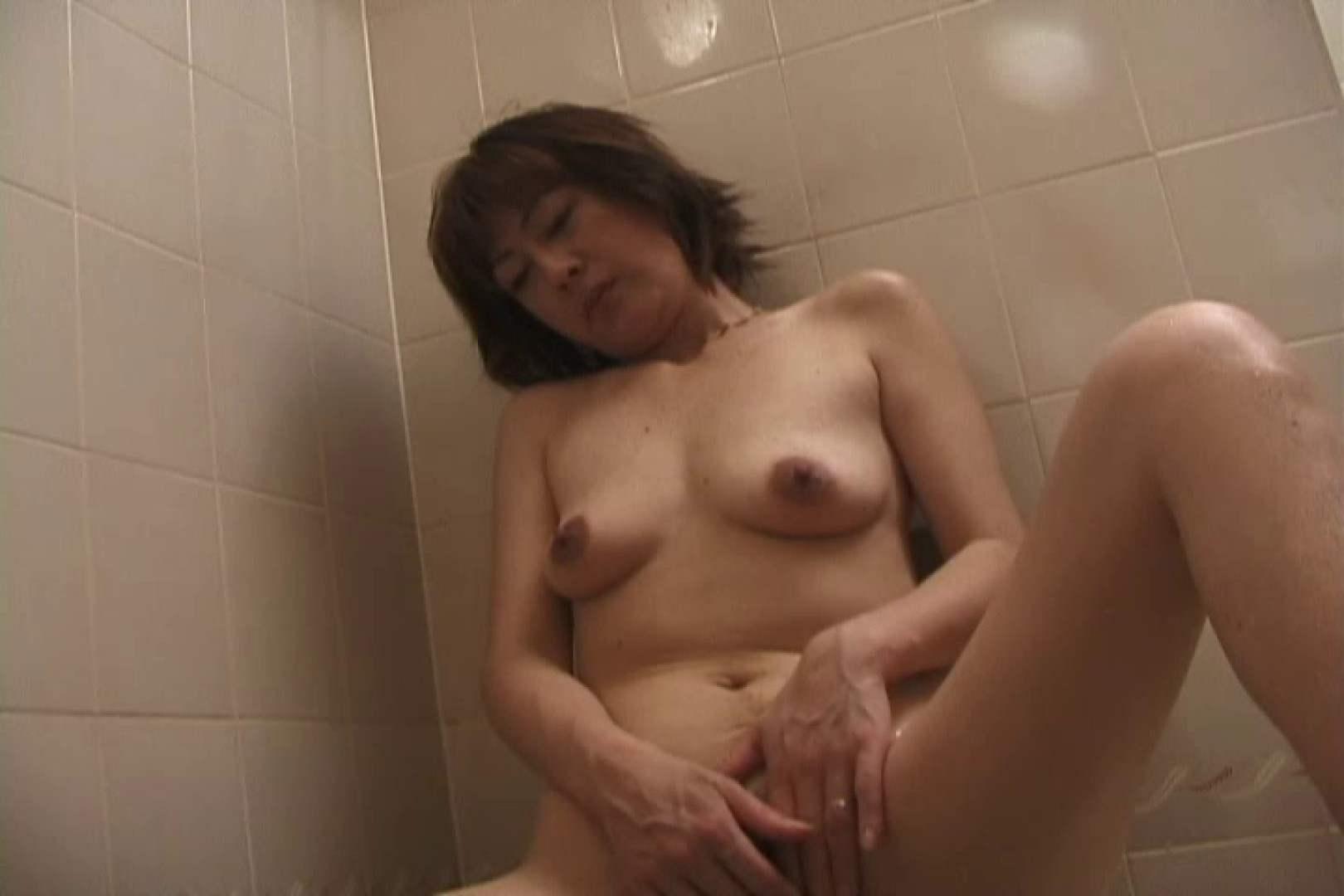 淫乱人妻に癒しを求める若い彼~川口早苗~ 熟女 | 手マン  84枚 56