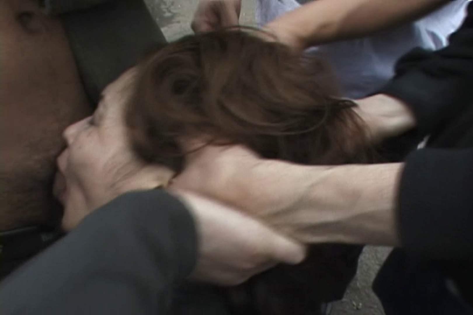 飢えた男達が買い物帰りの女性達に・・・!~vo,2 熟女  99枚 64