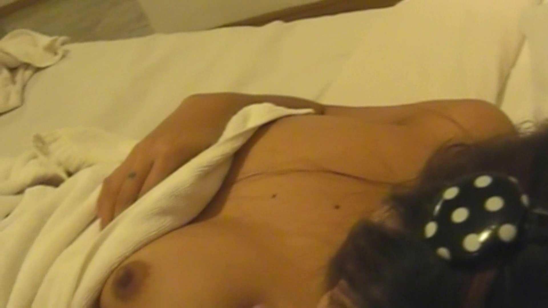投稿素人 ヤイ22歳 美女 エロ無料画像 72枚 46