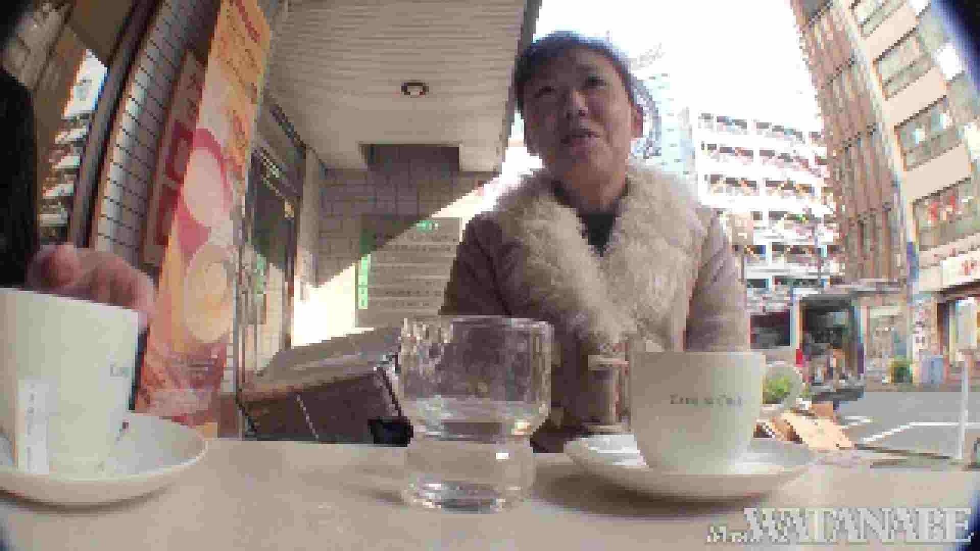 撮影スタッフを誘惑する痴熟女 かおり40歳 Vol.01 隠撮  87枚 24