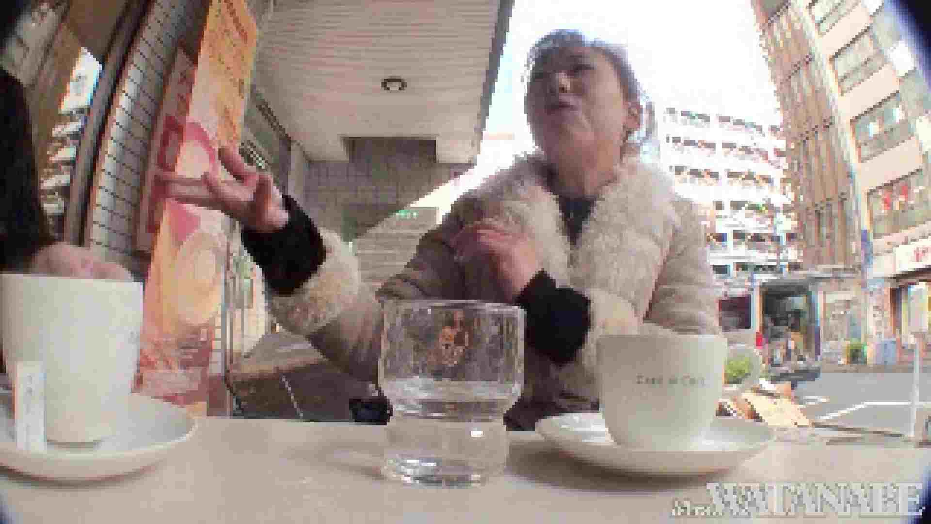 撮影スタッフを誘惑する痴熟女 かおり40歳 Vol.01 隠撮   OLの裸事情  87枚 25