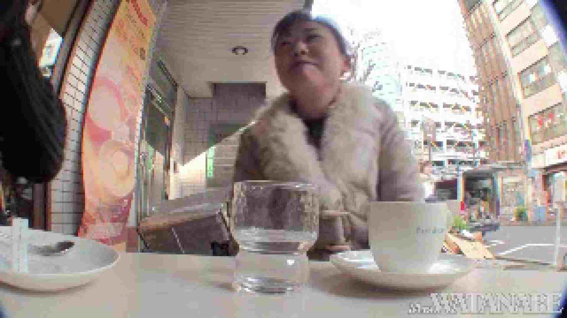 撮影スタッフを誘惑する痴熟女 かおり40歳 Vol.01 隠撮  87枚 48