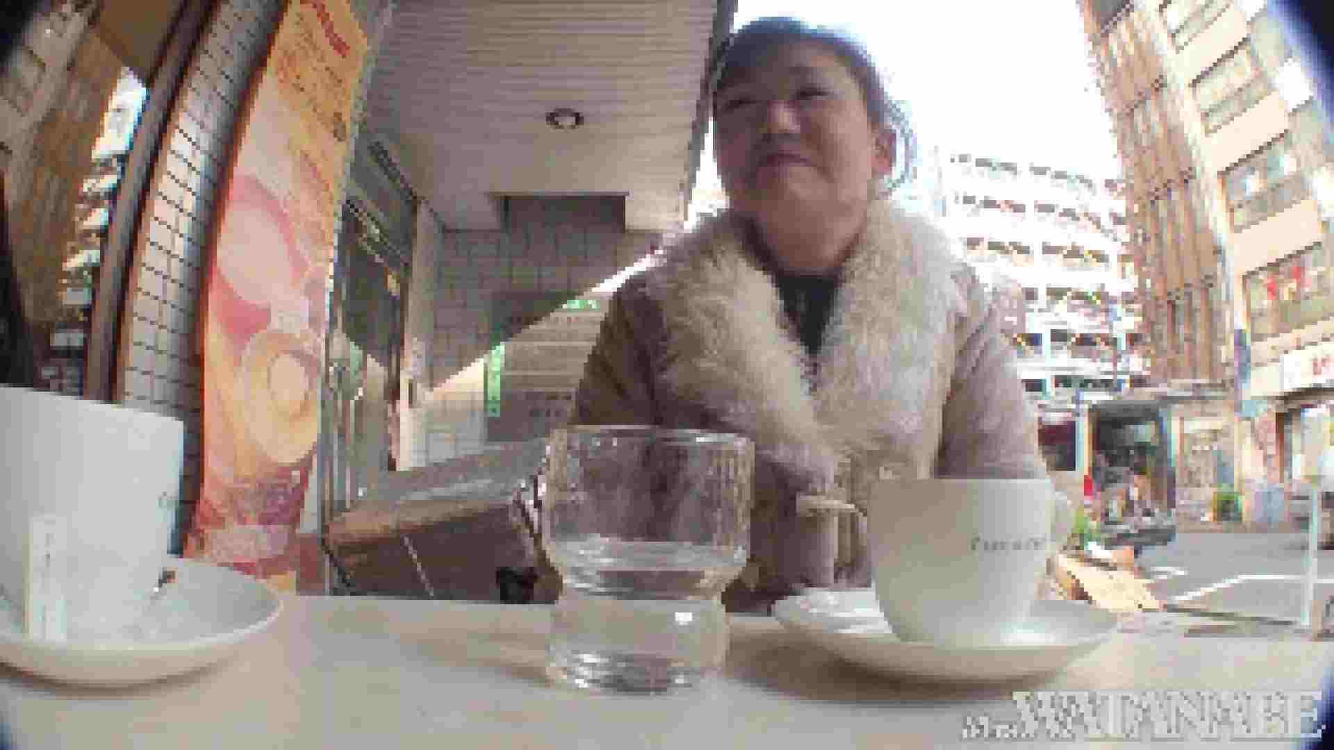 撮影スタッフを誘惑する痴熟女 かおり40歳 Vol.01 熟女 おまんこ動画流出 87枚 55