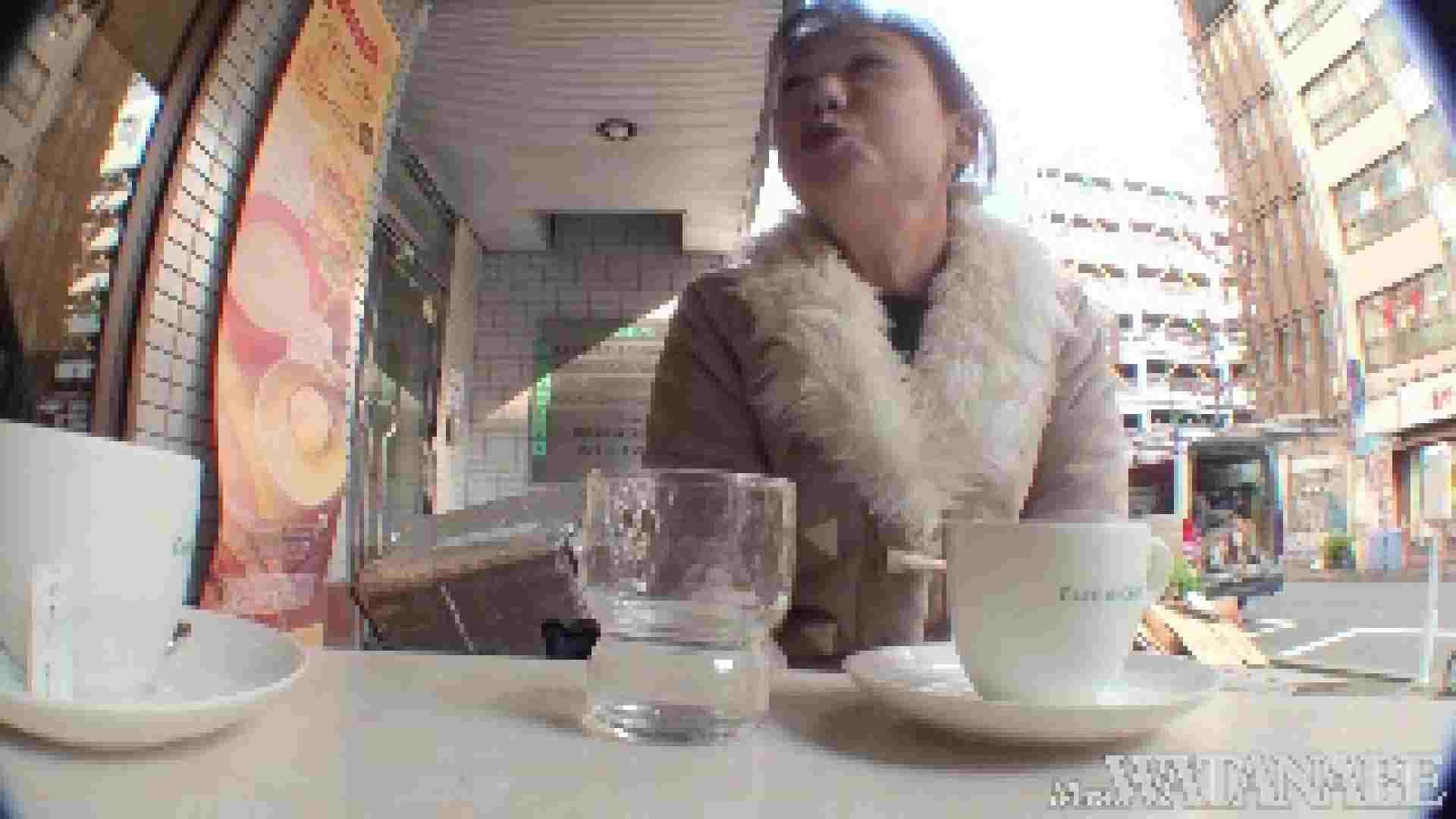 撮影スタッフを誘惑する痴熟女 かおり40歳 Vol.01 隠撮   OLの裸事情  87枚 61