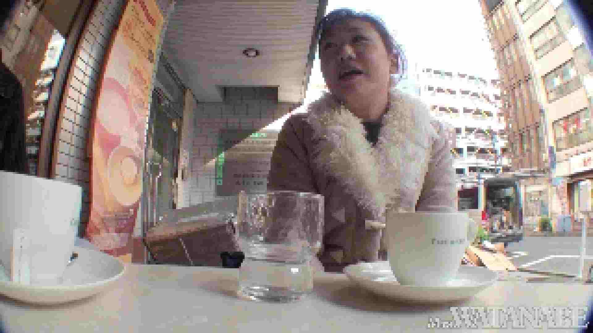 撮影スタッフを誘惑する痴熟女 かおり40歳 Vol.01 隠撮  87枚 64