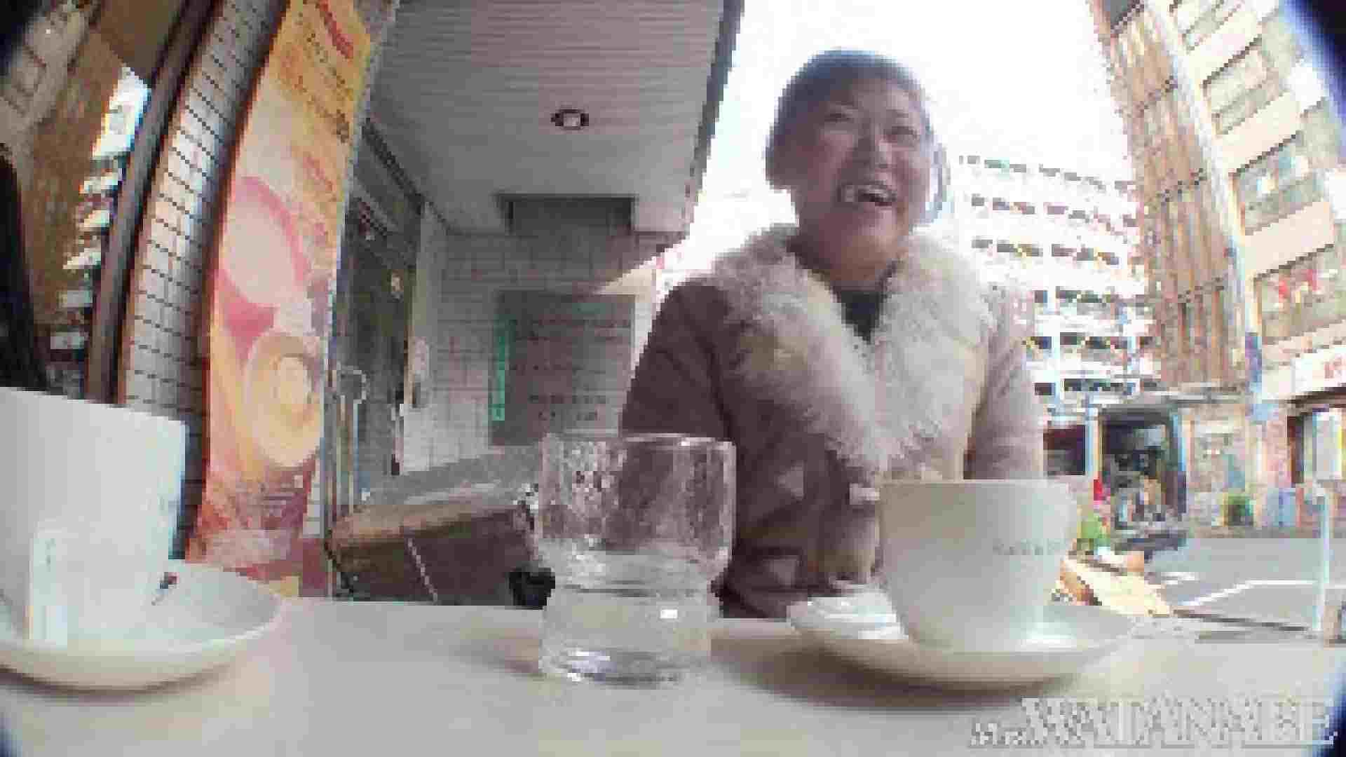 撮影スタッフを誘惑する痴熟女 かおり40歳 Vol.01 熟女 おまんこ動画流出 87枚 83